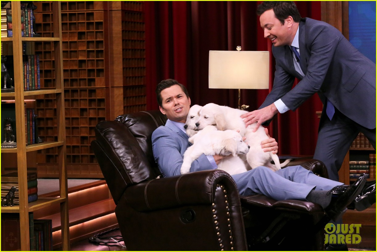 katie holmes andrew rannells face off on the tonight shows pup quiz 04