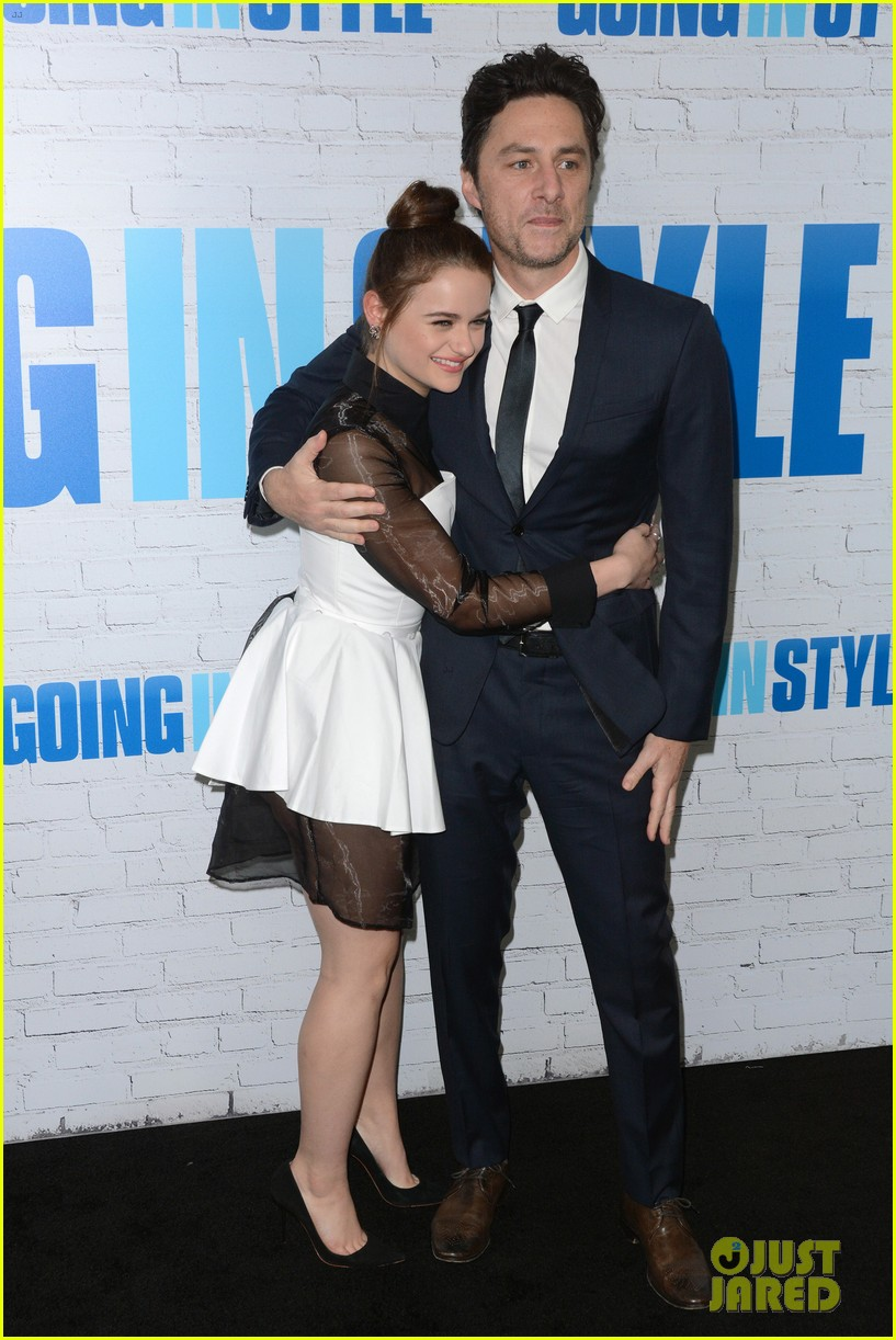 joey king going in style premiere 013880402