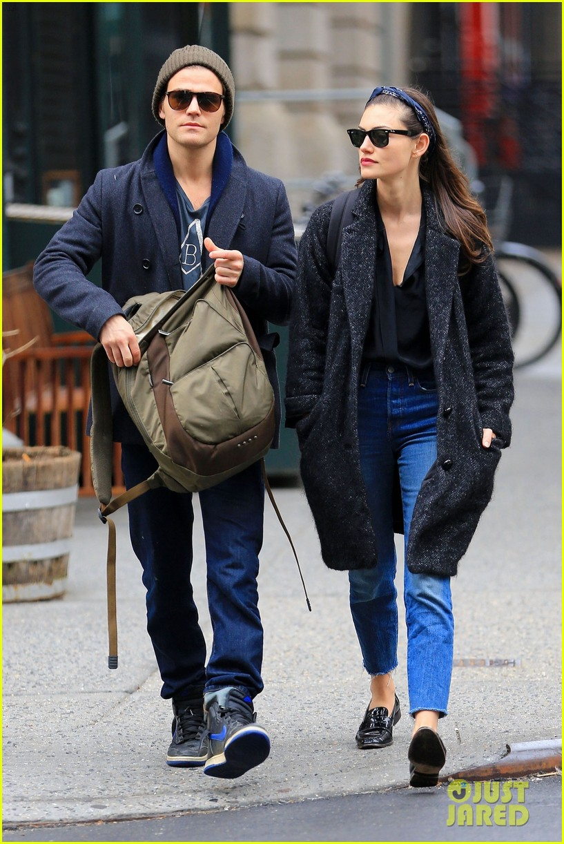 paul wesley phoebe tonkin break up 013871918