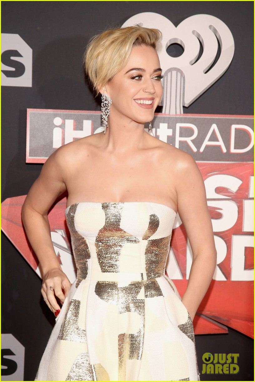 Full Sized Photo Of Katy Perry Iheartradio Music Awards