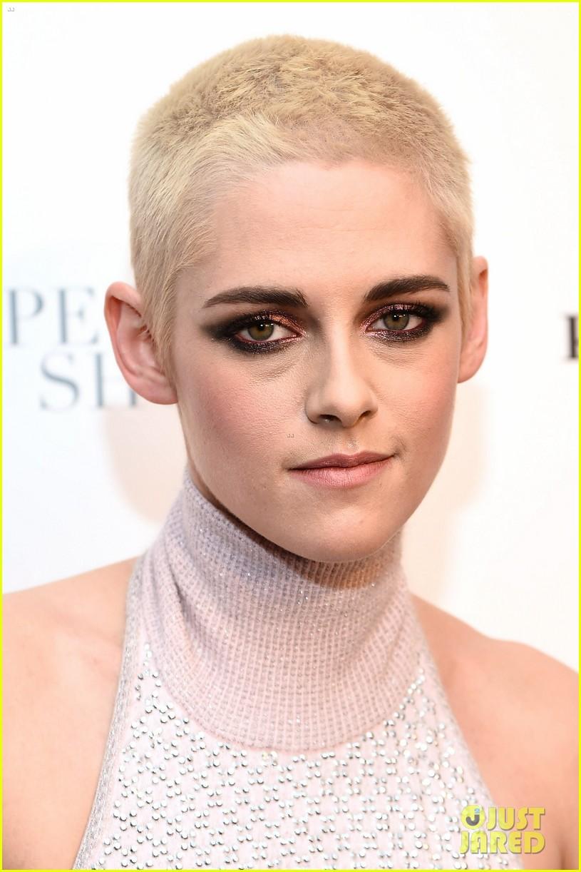 Kristen Stewart Glams Up in Chanel with Her Fierce New ...