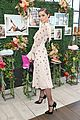 pregnant rosie huntington whiteley helps rachel zoe celebrate her spring ugg collection 21