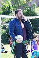 ben affleck takes his kids to soccer practice 04