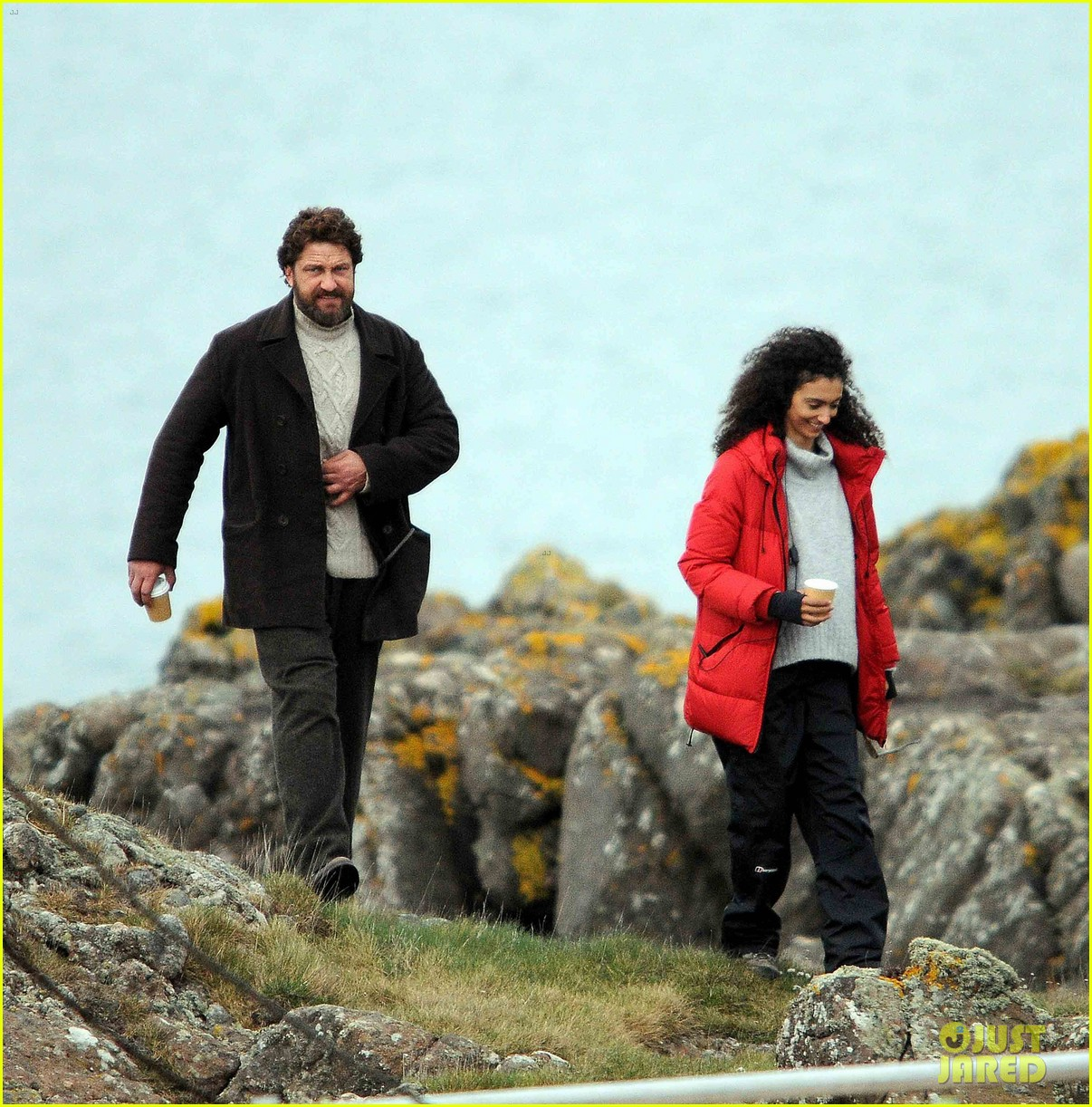 gerard butler continues filming keepers in scotland 013884080