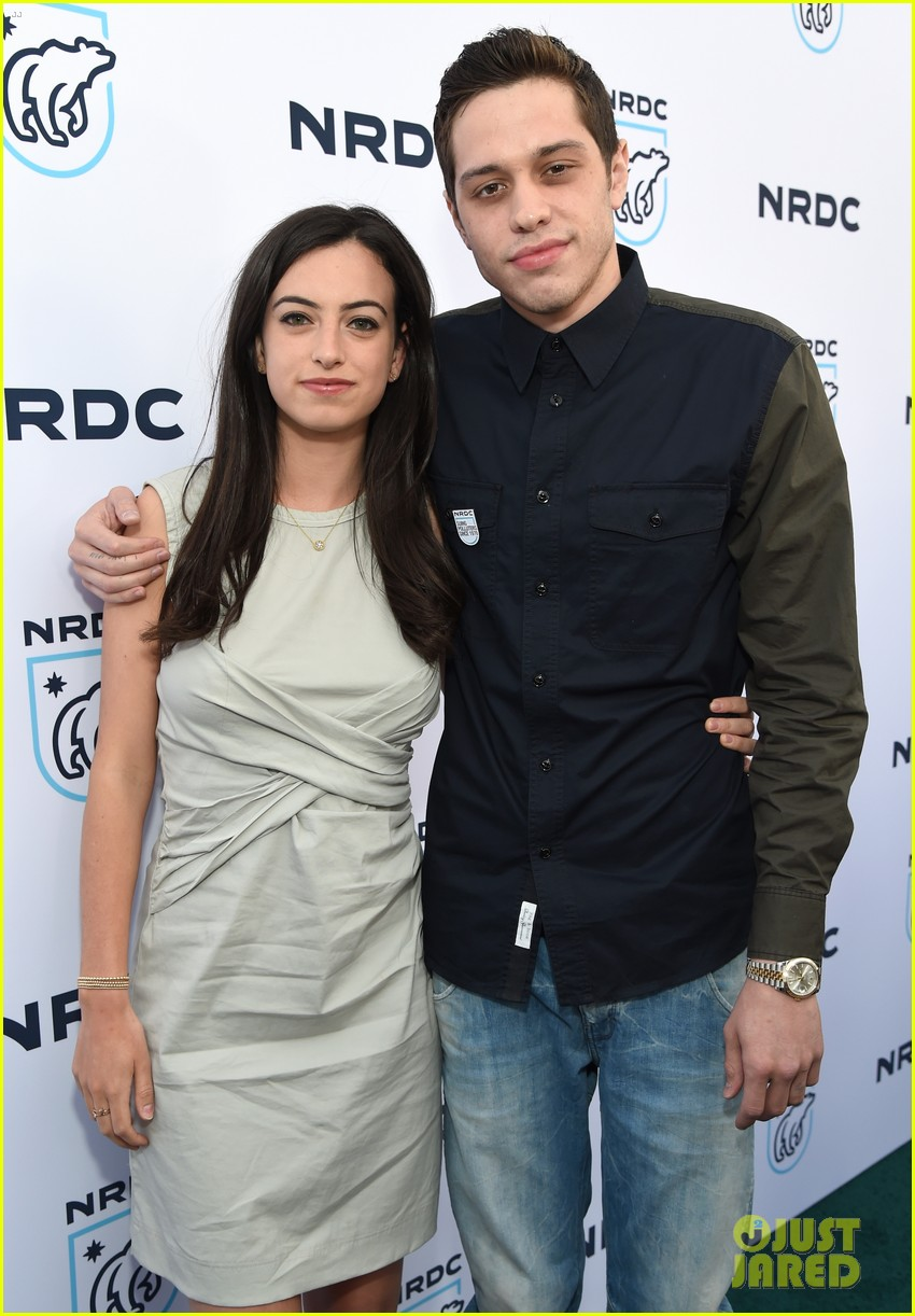 pete davidson credits girlfriend cazzie david for helping him stay sober im very lucky 043890707