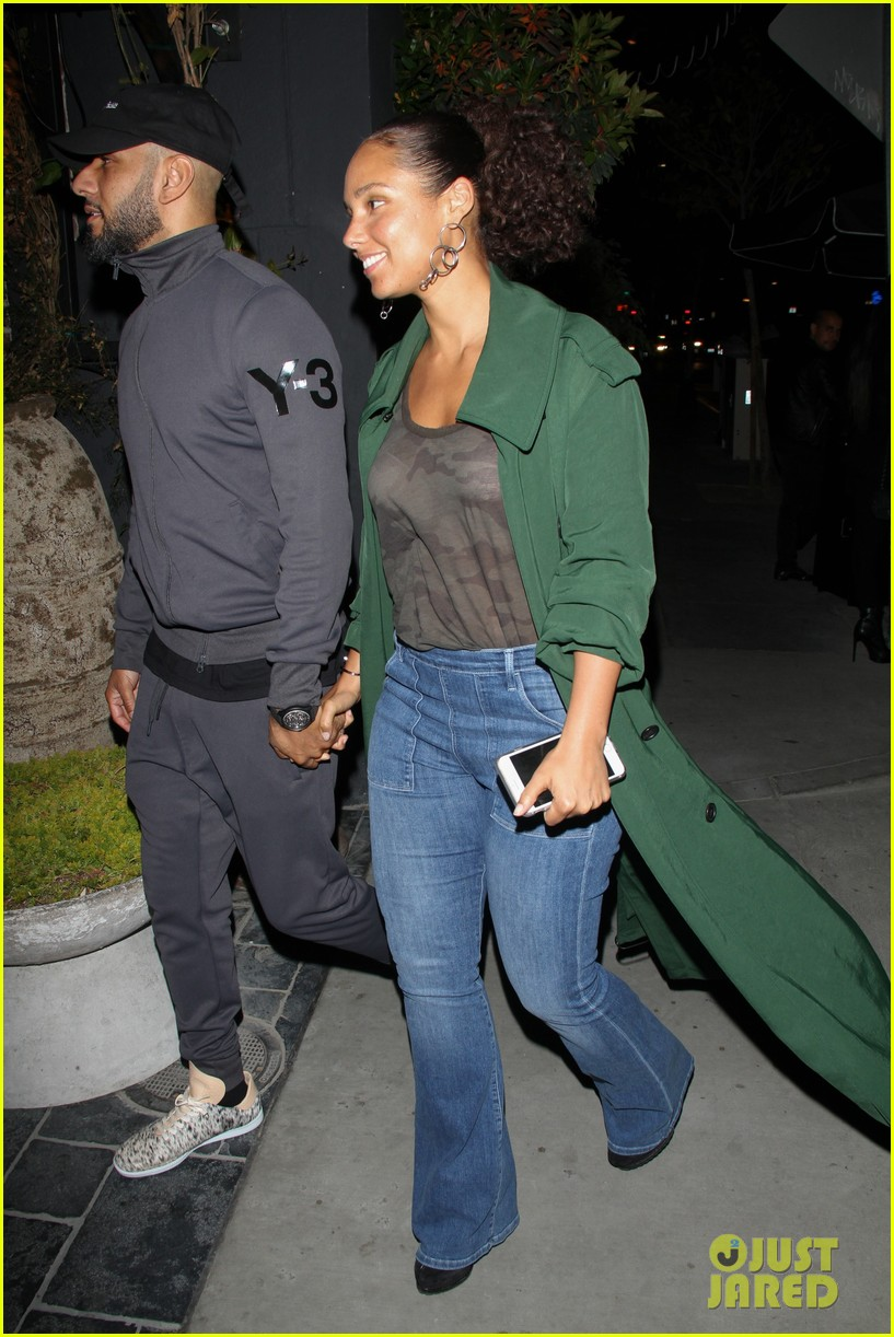 alicia keys husband swizz beatz are so cute on date night 023888853