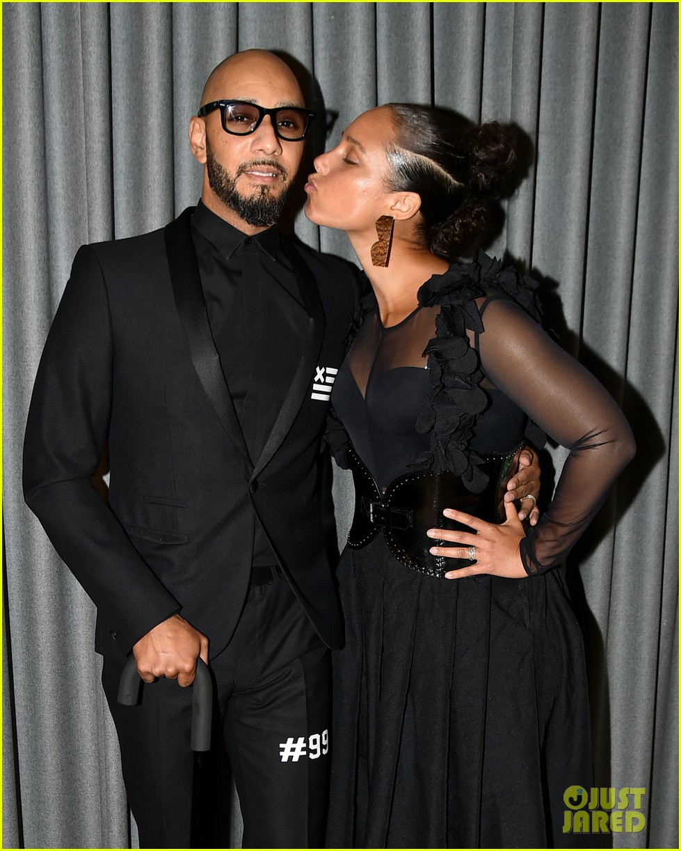 alicia keys swizz beatz have magical night together at brooklyn artists ball 023881829
