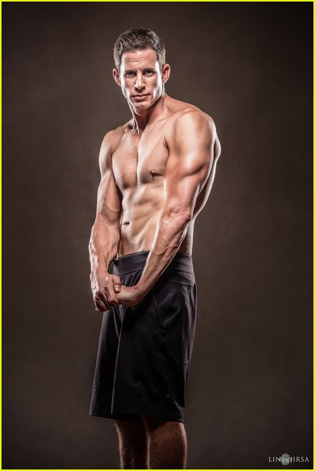 tarek el moussa is ripped in new shirtless pics 04