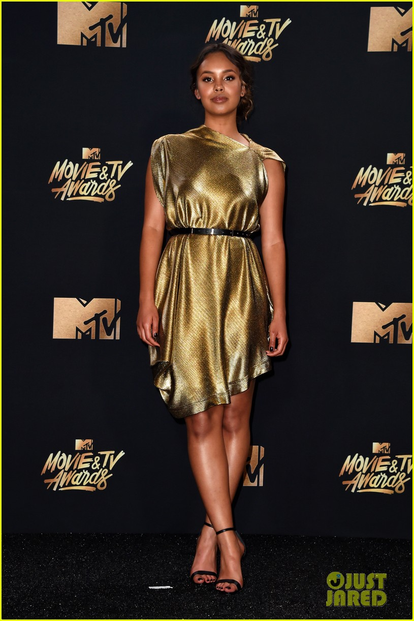 alisha boe 13 reasons why full cast mtv awards 013896373