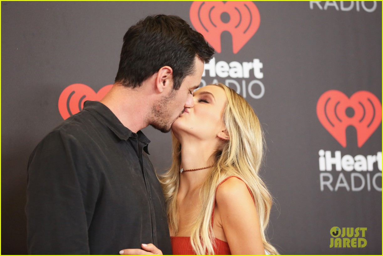 ben higgins lauren bushnell split 033899145