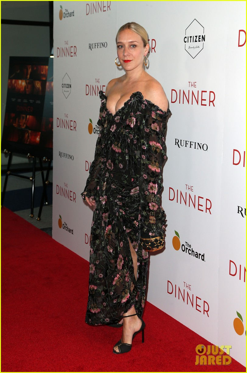 chloe sevigny rocks sexy outfit for the dinner premiere013894320