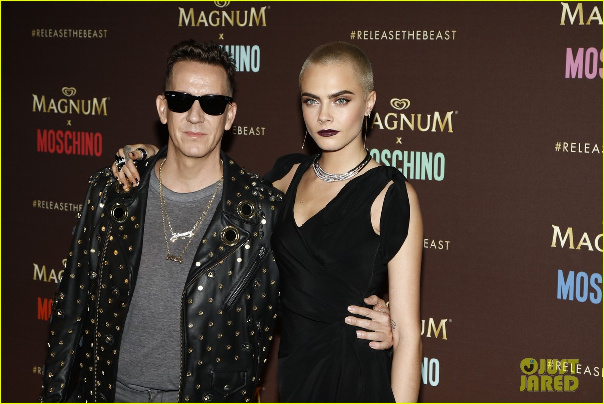 cara delevingne gushes about angelina jolie and directing dreams 063901553