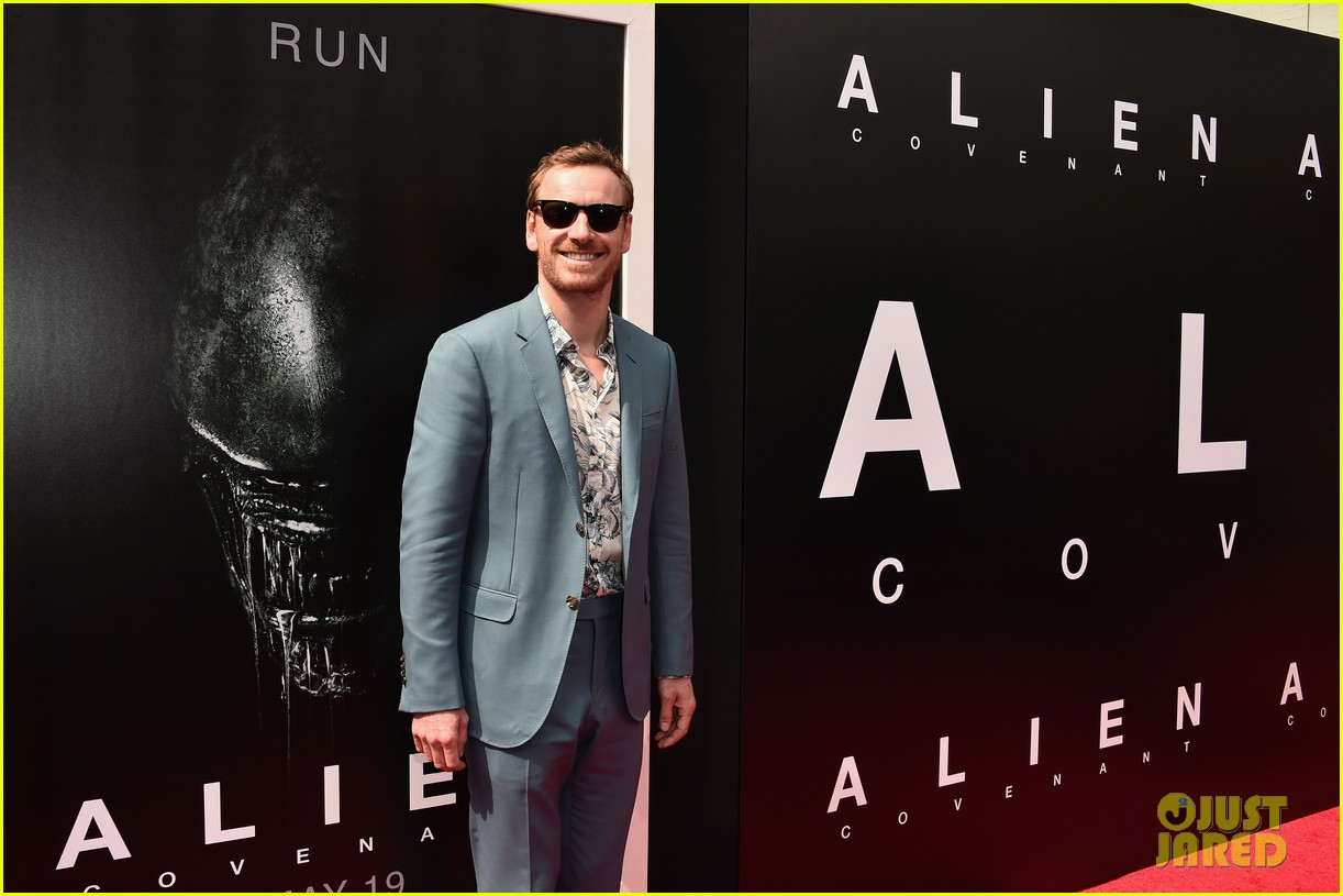 harrison ford michael fassbender alien cast support ridley scott at hollywood imprint 023900820