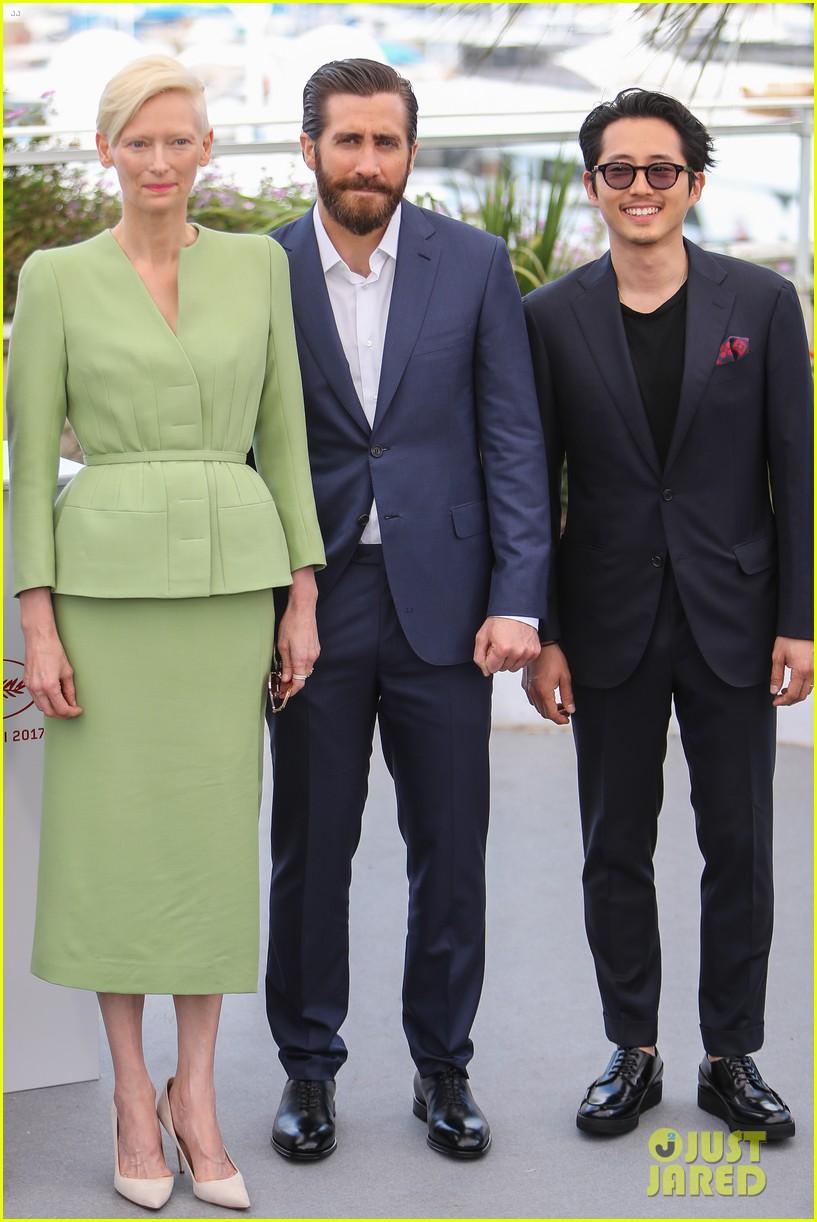 jake gyllenhaal tilda swinton lily collins debut okja at cannes film fest 013901355