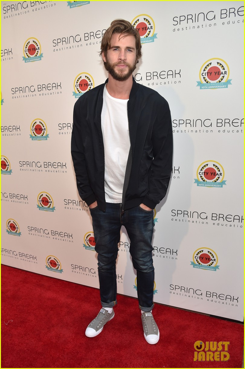 liam hemsworth joey king step out at annual city year la spring break event 013896027