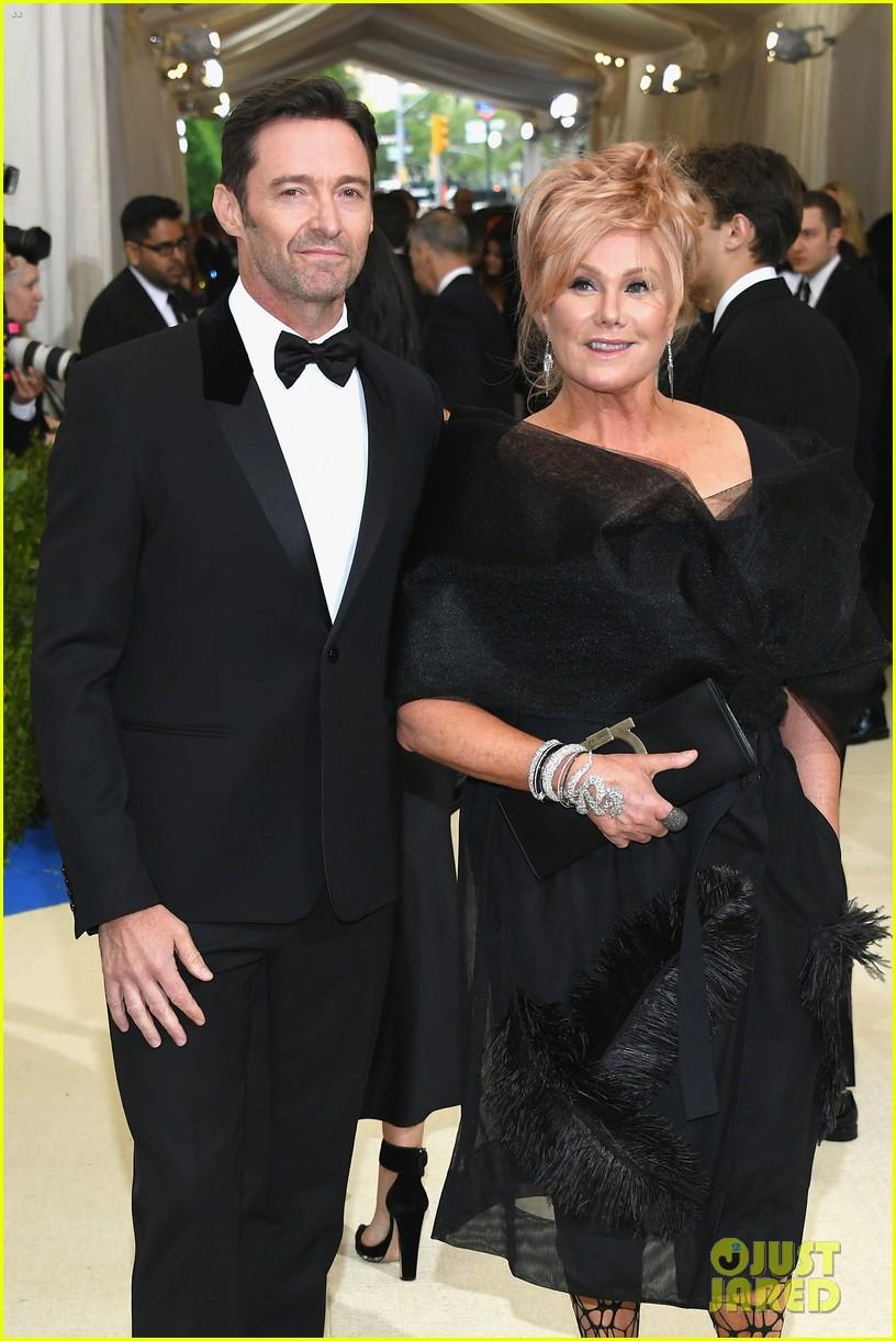 Hugh Jackman Brings Wife Deborra-Lee Furness to Met Gala ...