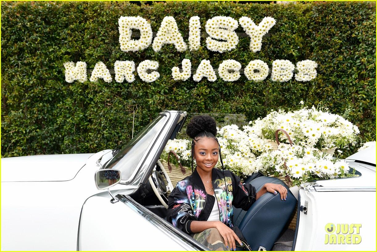 kaia geber marc jacobs daisy fragrance launch 103897319