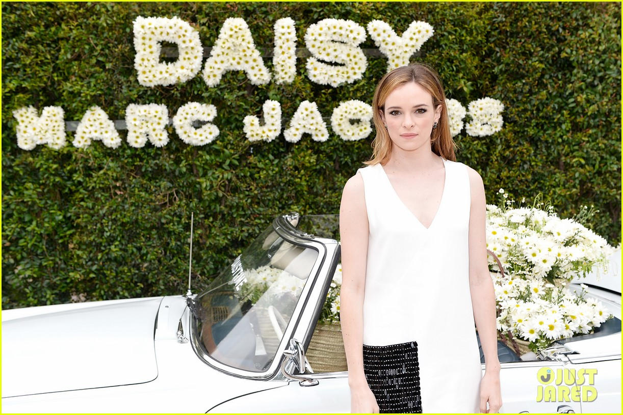 kaia geber marc jacobs daisy fragrance launch 133897322