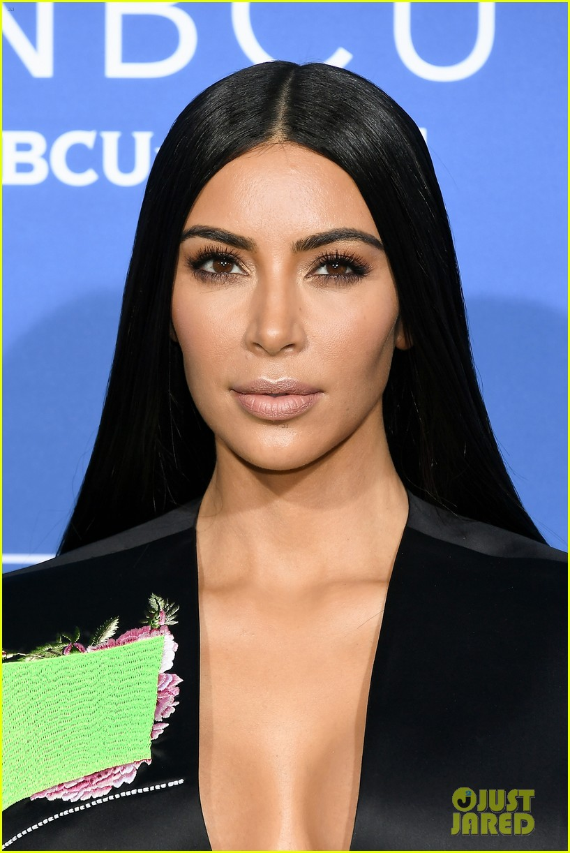 kim khloe kardashian say kylie jenners docu series will show a different side of her 063899044
