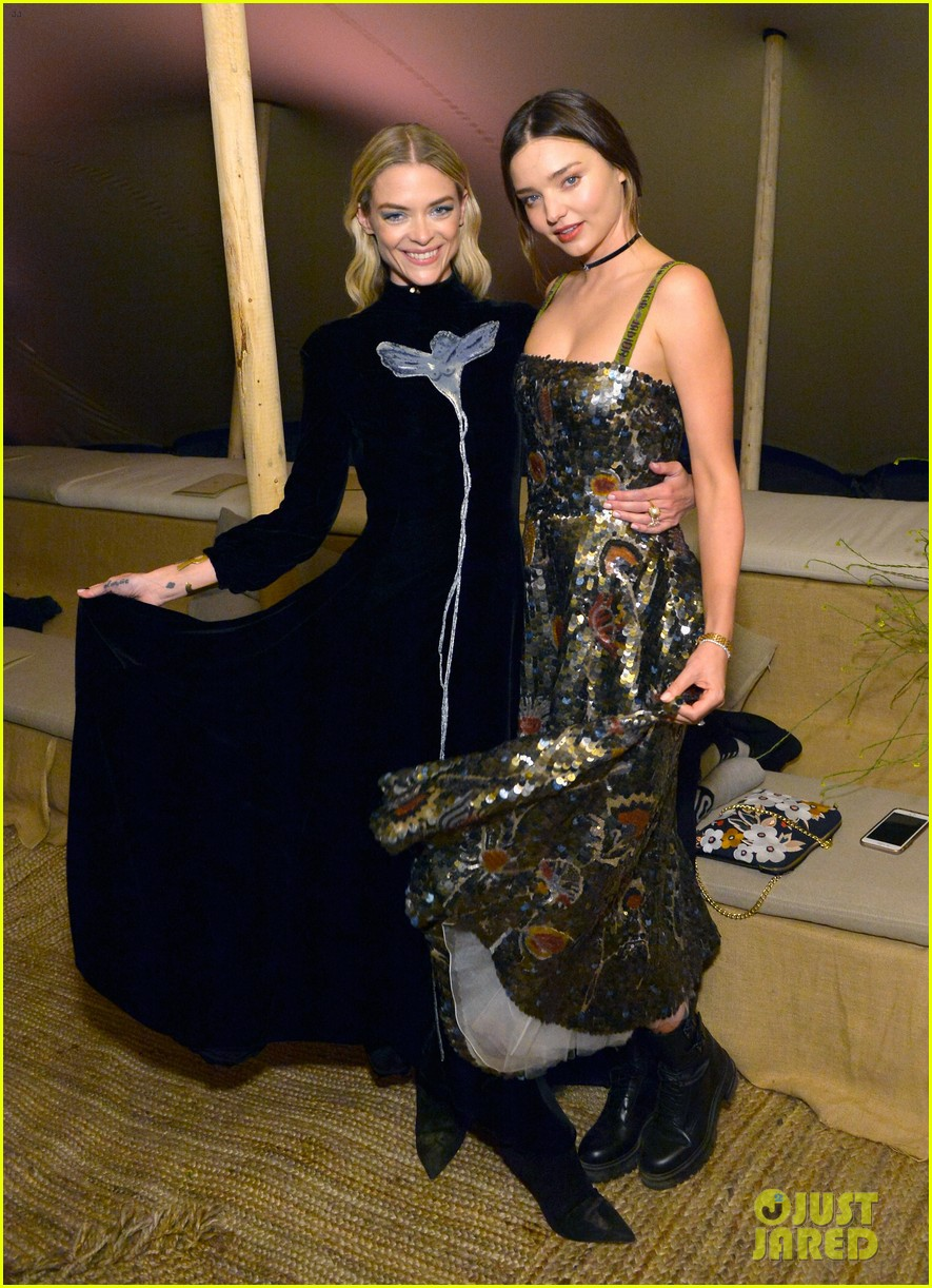 miranda kerr jaime king dior fashion show 073897975