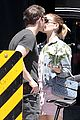 kate mara and jamie bell share a smooch on a sunny day in venice 04