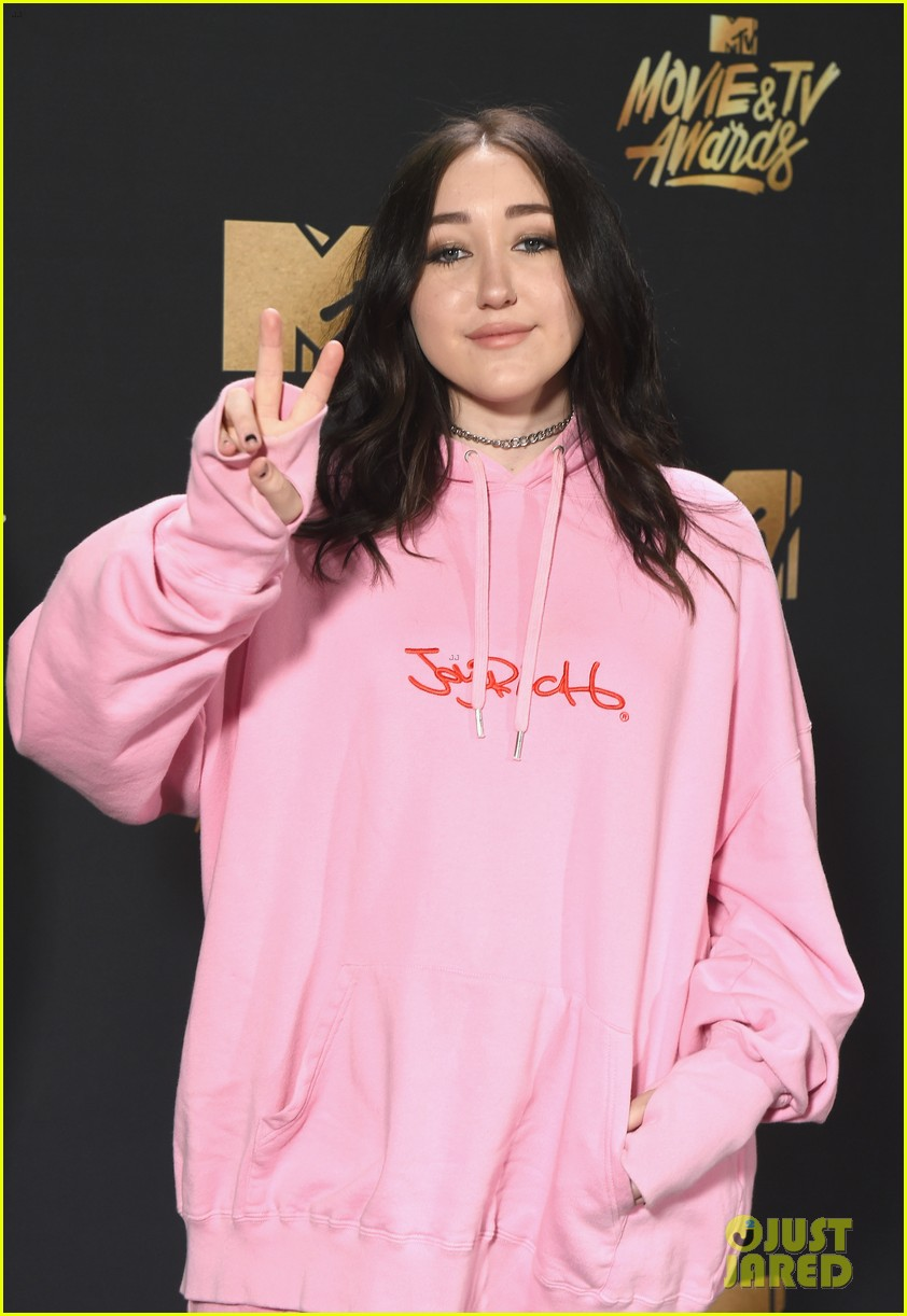 Noah Cyrus Releases 'Stay Together' Video Two Days Before ...