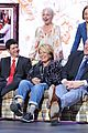 roseanne cast reunites at abc unfronts 01