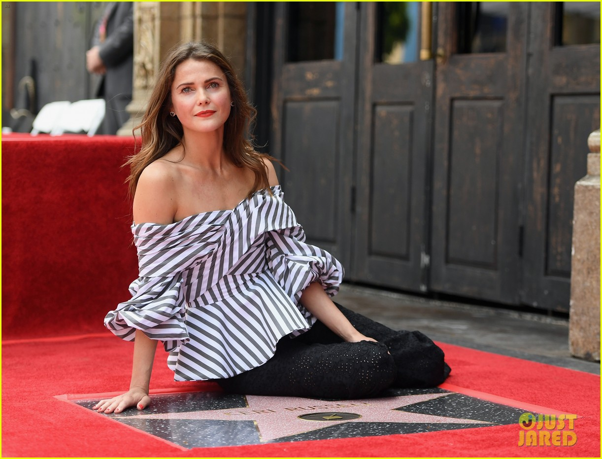 keri russell reunites with scott speedman at hollywood walk of fame 053907119