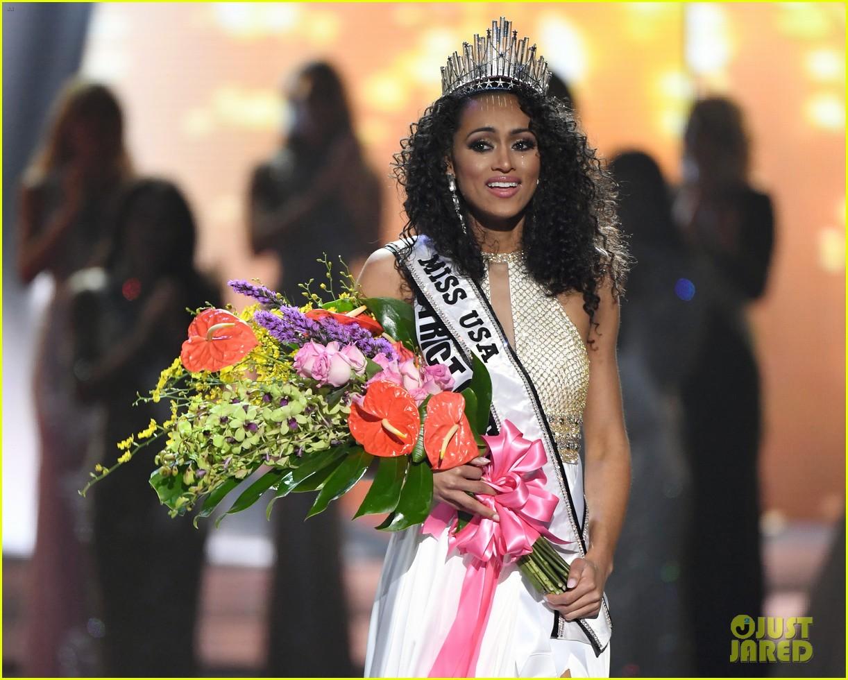 kara mccullough, top 10 de miss universe 2017. - Página 2 Miss-usa-clarifies-health-care-comments-12
