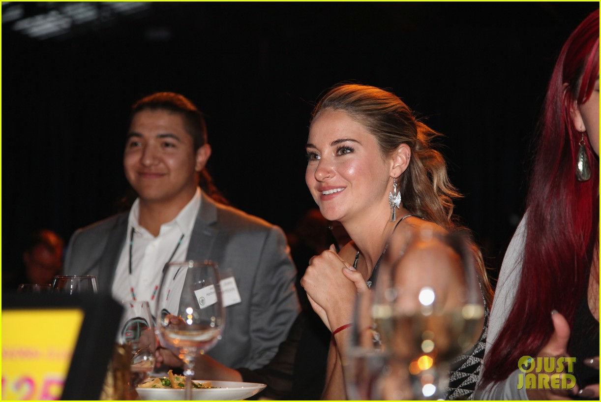 shailene woodley gets honored for her activism all were fighting for is love 163901600