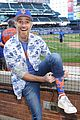 dave annable throws out first pitch at ny mets game 01