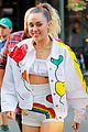 miley cyrus shows off her legs in rainbow shorts02