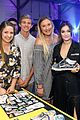 daya wears a full vans look to judge a shoe competition 06