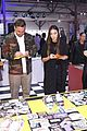 daya wears a full vans look to judge a shoe competition 07