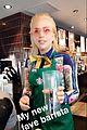 lady gaga starbucks barista 02