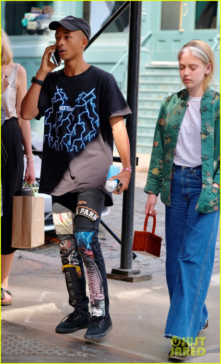 jaden amp willow smith have officially moved out of their