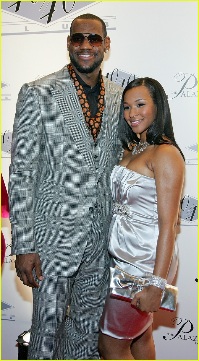 brinson single personals See all lebron james' marriages, divorces, hookups, break ups, affairs, and dating relationships plus celebrity photos, latest lebron james news, gossip, and biography.