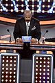 kelly clarkson amy schumers face off on celebrity family feud 10