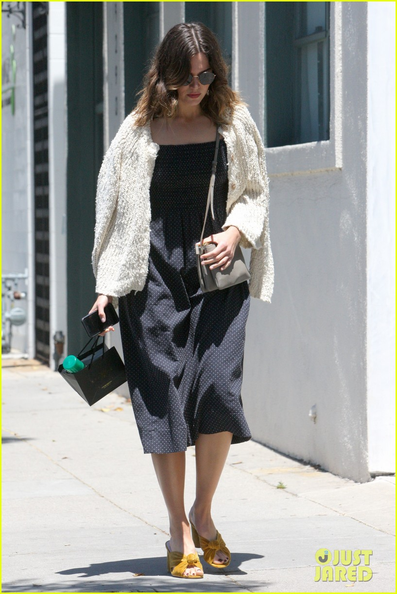 mandy moore smiles shopping weho 033914627