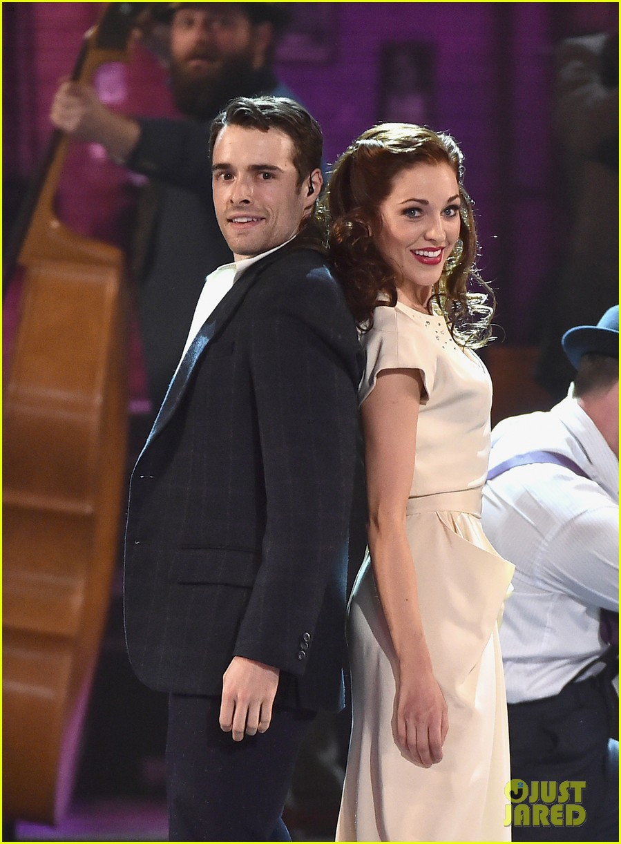 banstand laura osnes corey cott perform at tony awards 023913020
