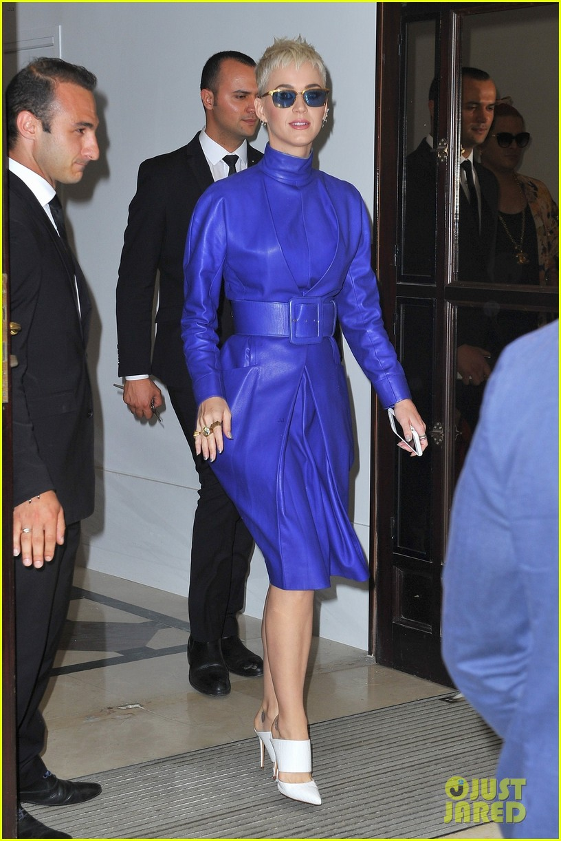 katy perry blue leather dress paris 013908324