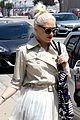 gwen stefani spends the afternoon with her kids in la04