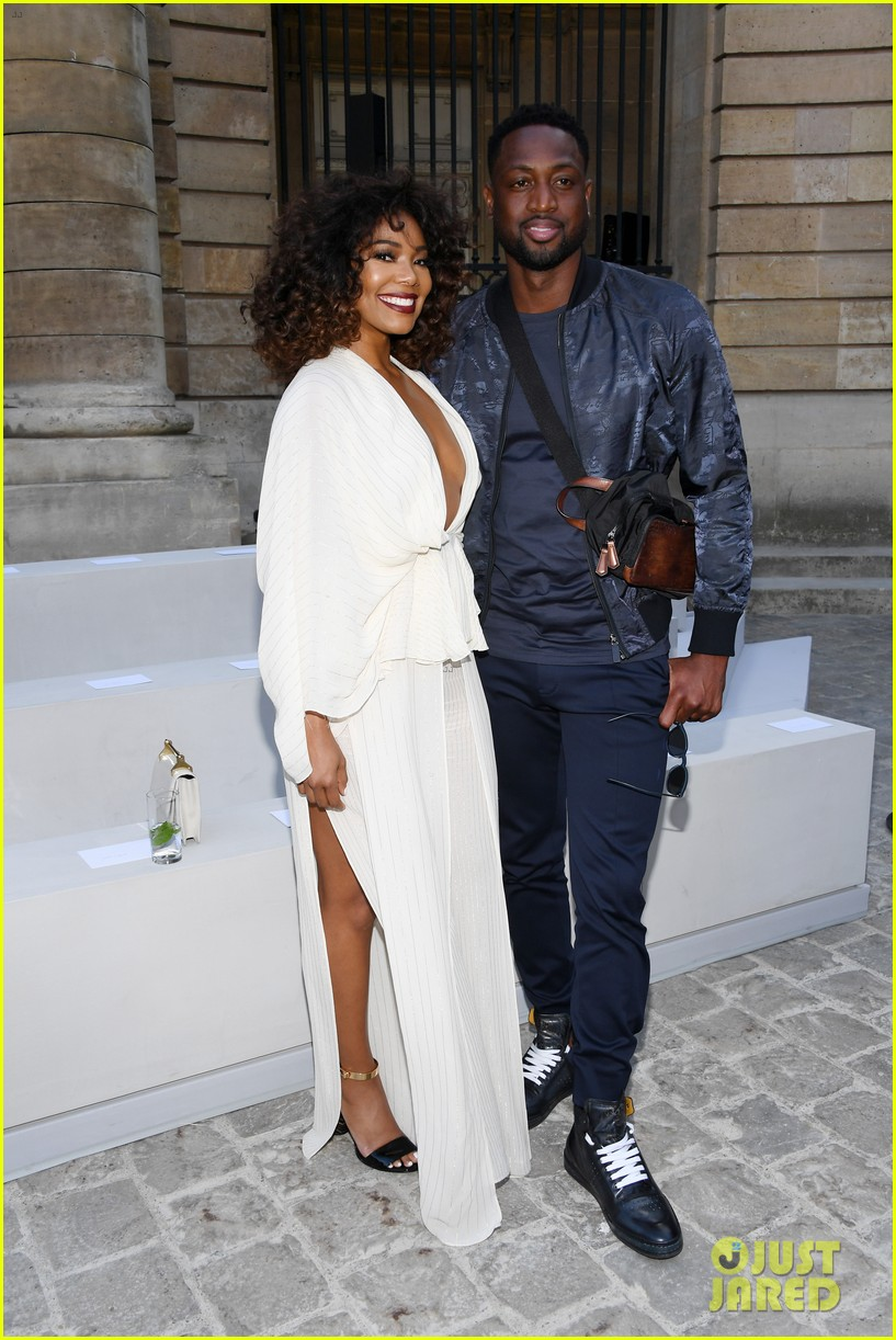 dwyane wade u0026 gabrielle union take a silly selfie at berluti show