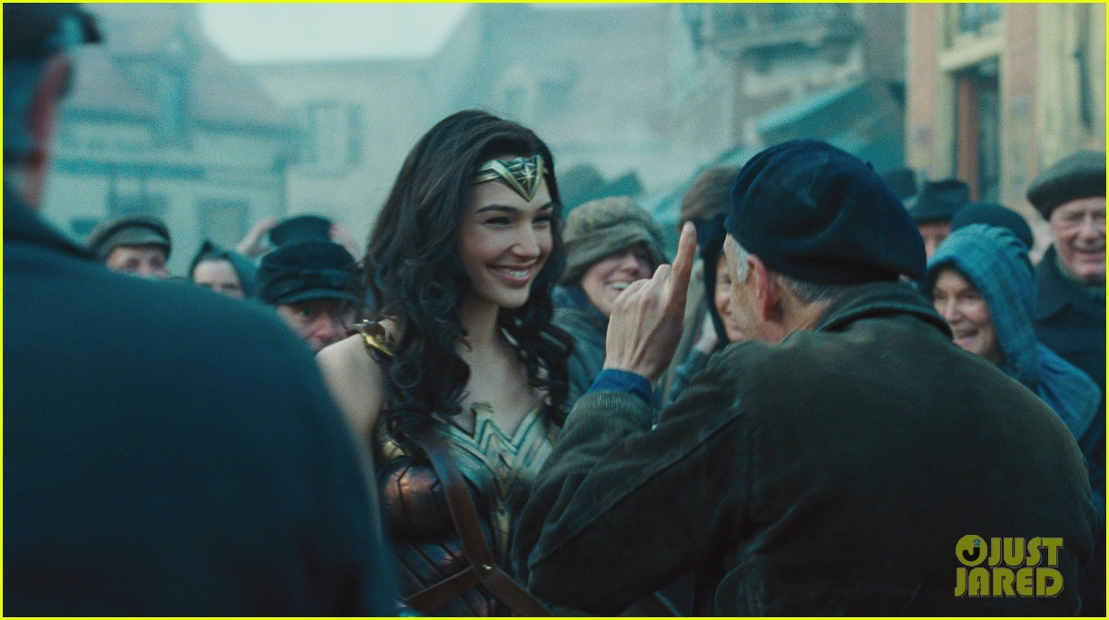 Is There a 'Wonder Woman' End Credits Scene?: Photo ...