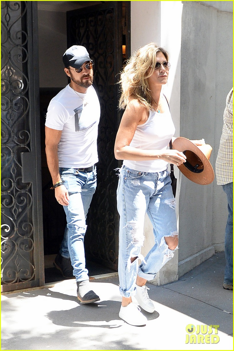 jennifer aniston justin theroux out in nyc 053930309