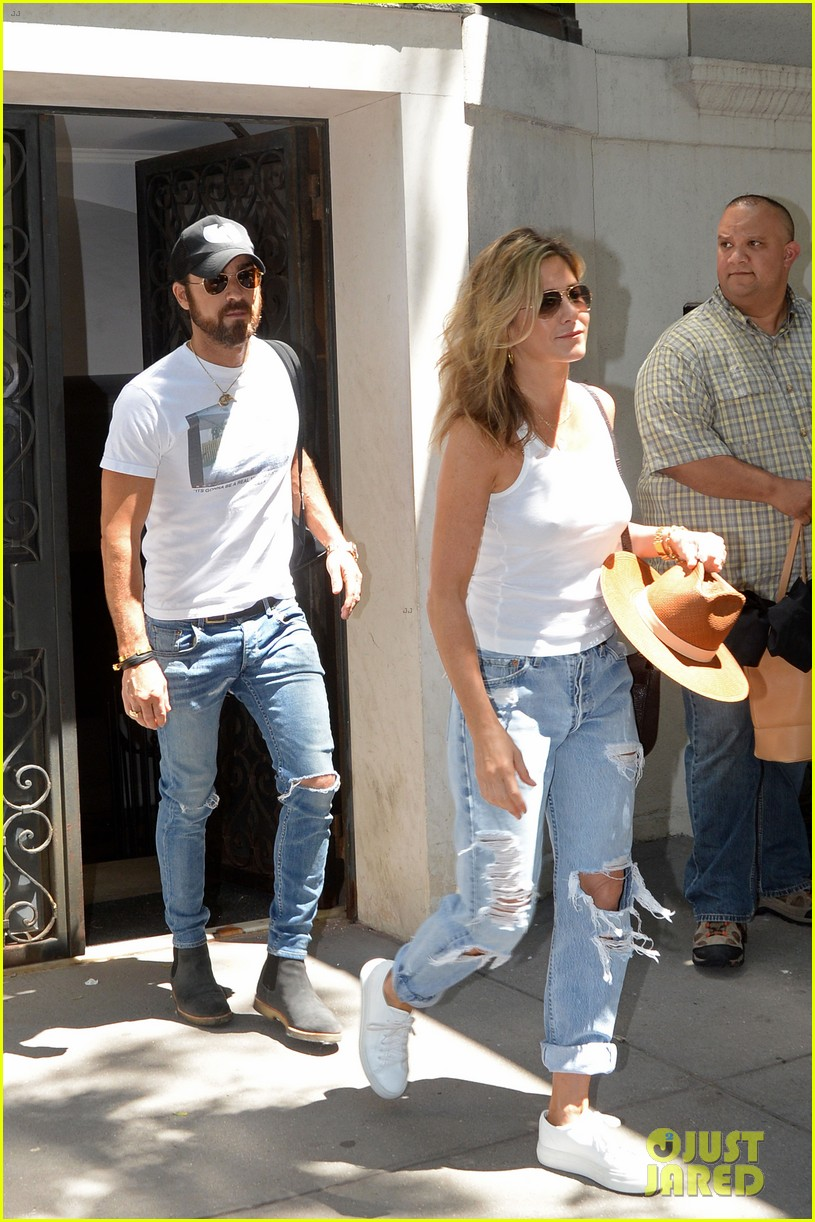 jennifer aniston justin theroux out in nyc 063930310