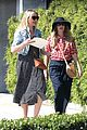 drew barrymore helps cameron diaz shop for new furniture 10