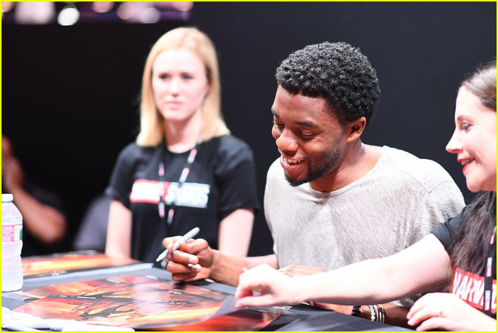 black panthers chadwick boseman meets fans at d23 expo 213928420
