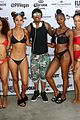 nick cannon hosts pool party in vegas 10