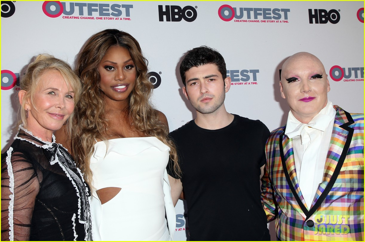 laverne cox closes out 2017 outfest with freak show premiere 113929223